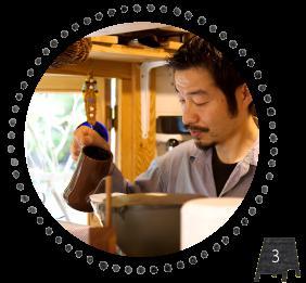 珈琲焙煎工房 まめ吉は丁寧に淹れたこだわりの珈琲と手作りスコーンも人気です