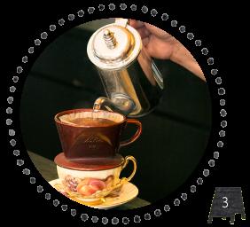 炭火焙煎珈琲 桜乃 立川店はお好きな珈琲カップを選べます
