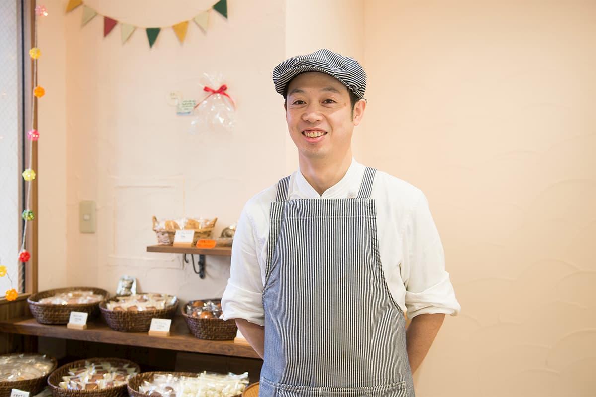 パティスリーツナグ オーナーパティシエの長谷川雄二郎(はせがわ ゆうじろう)さん